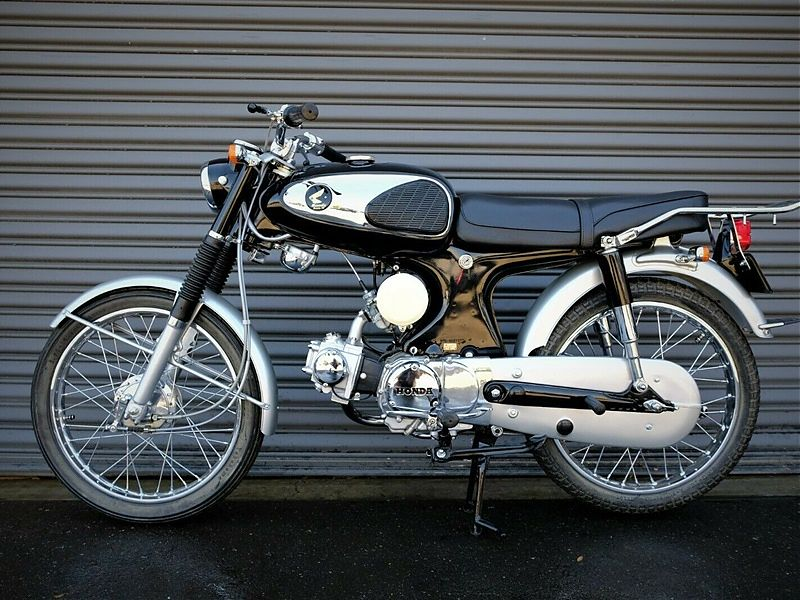 Impecable Honda Benly 90 de 1966