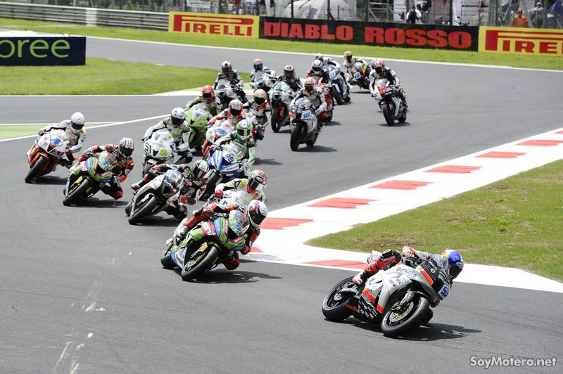 Supersport Monza 2010: salida de la carrera de SS