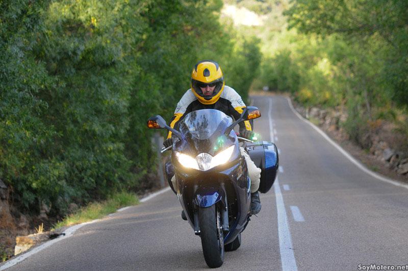 Triumph Sprint GT - nueva óptica en el frontal de la moto