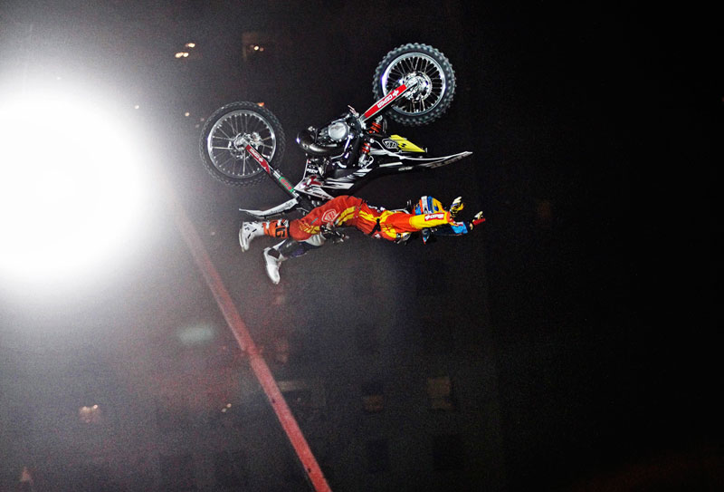 Dany Torres, victoria Red Bull X-Fighters Dubái 2011