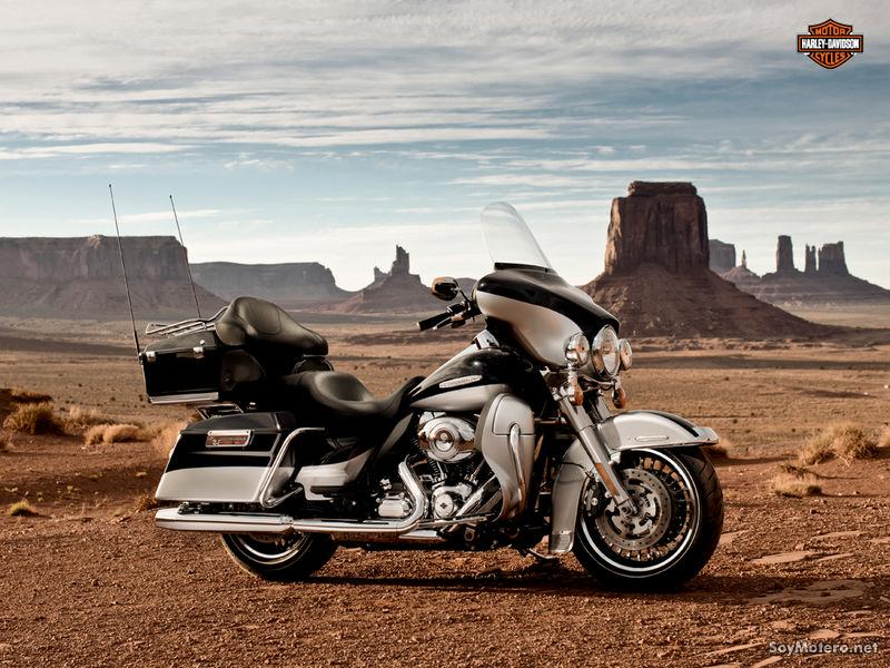 Harley Davidson Electra Glide Ultra Limited: Midnight Pearl y brillant Silver Pearl