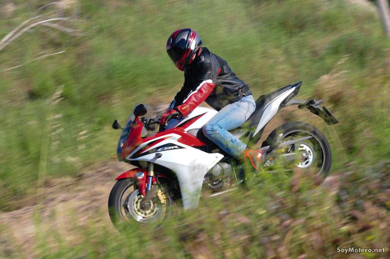 Prueba Honda CBR 600 F: una histórica regresa