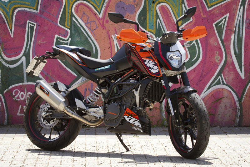 Así luce la KTM 125 Duke con piezas Power Parts