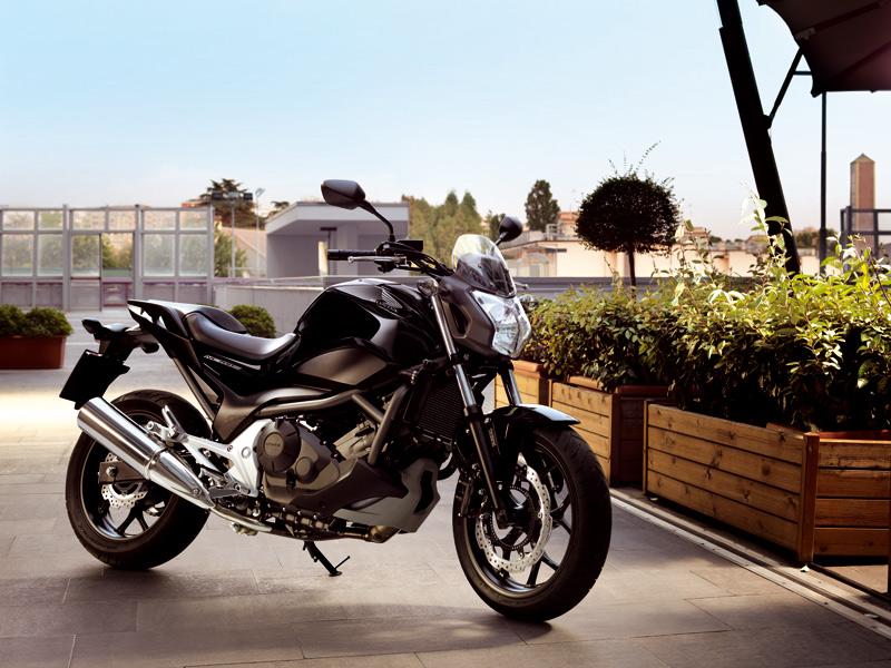 La Honda NC700S es una de las motos más vendidas, su potencia está justo en el límite del carnet A2.