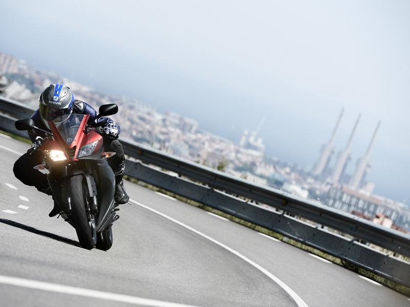 Barcelona y la subida de la Arrabassada fueron uno de los escenarios elegidos para rodar con la Yamaha YZF-R125 2015
