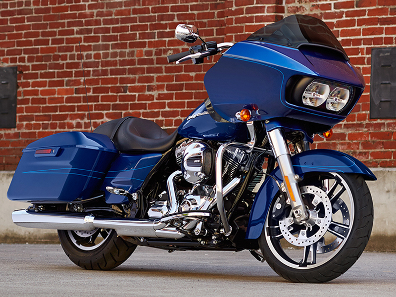 Harley Davidson Road Glide Special perfil azul