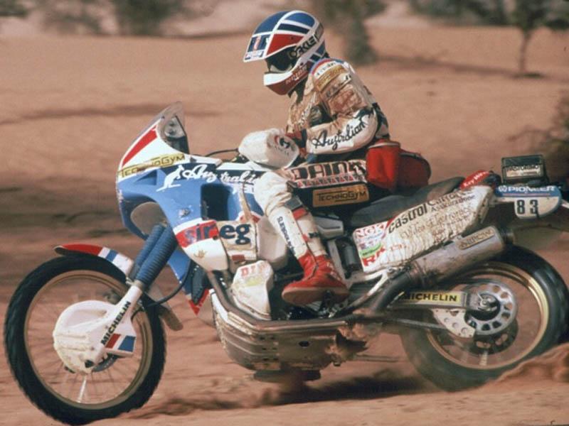El piloto italiano Edi Orioli ganó el Dakar de 1988 con una Honda Africa Twin