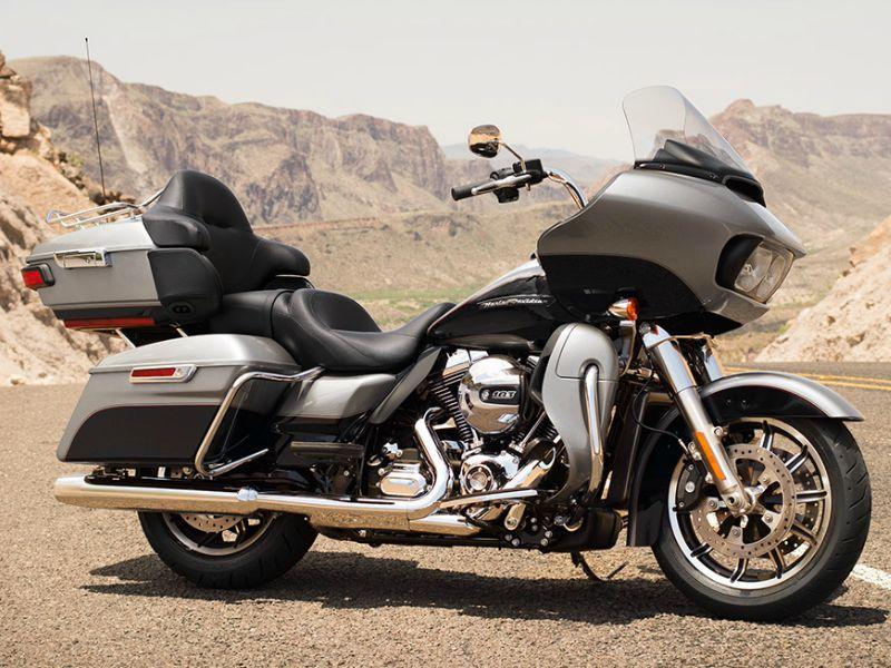 Harley-Davidson Road Glide Ultra.