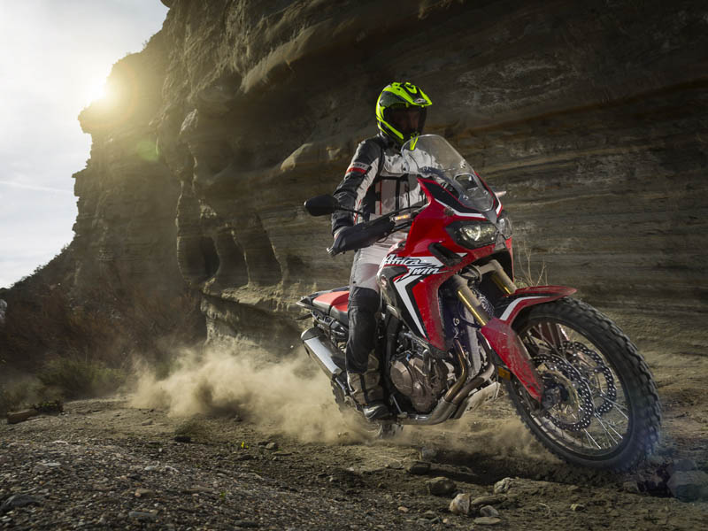 La Honda Africa Twin 2016 es la maxi trail que mejor se comporta en conducción off road