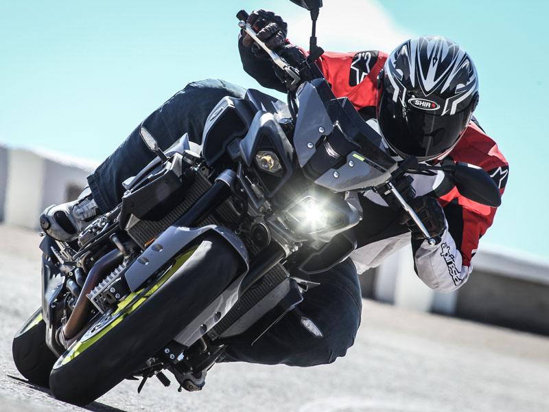 La Yamaha MT 10 cuesta 15.799 €