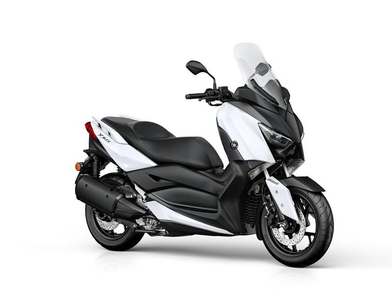El Yamaha X-MAX 300 está disponible en 3 colores