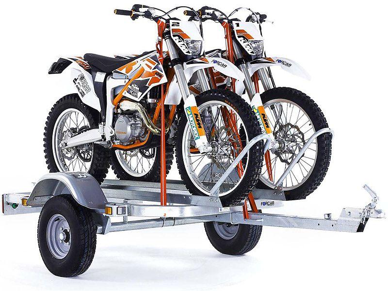 Remolque doble con motos de enduro
