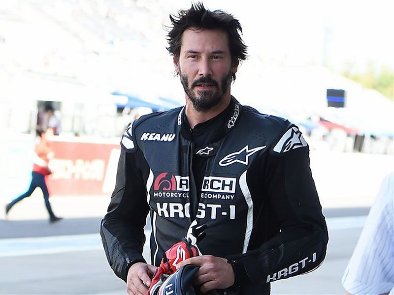 Keanu Reeves, tras probar una KRGT-1 en pista