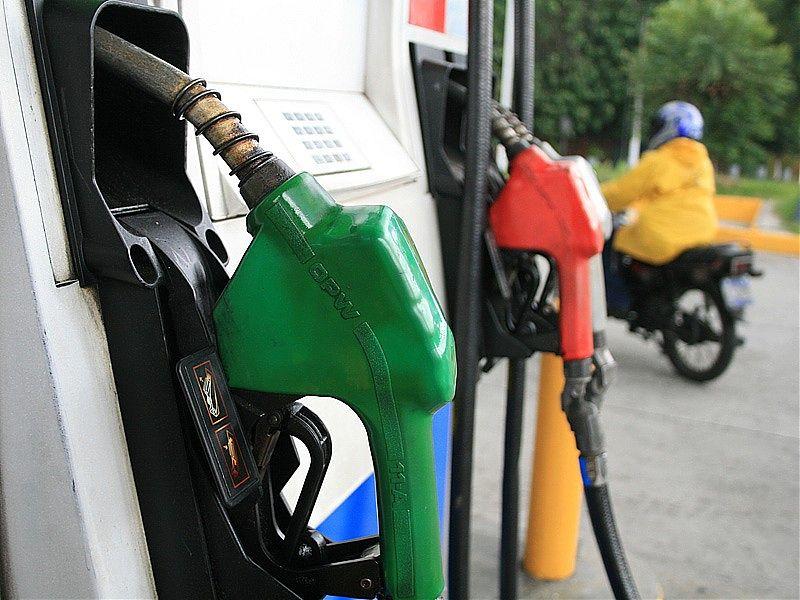 Con la liberalización del mercado, el precio de los combustibles en México se regulará cada día