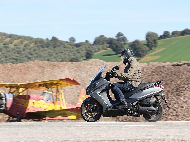 Kymco Super Dink 350: El GT de los scooters