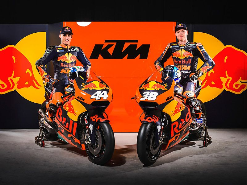 Espargaro y Smith sobre sus RC16