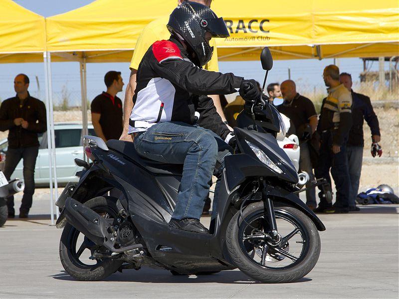 Curso de conducción Suzuki