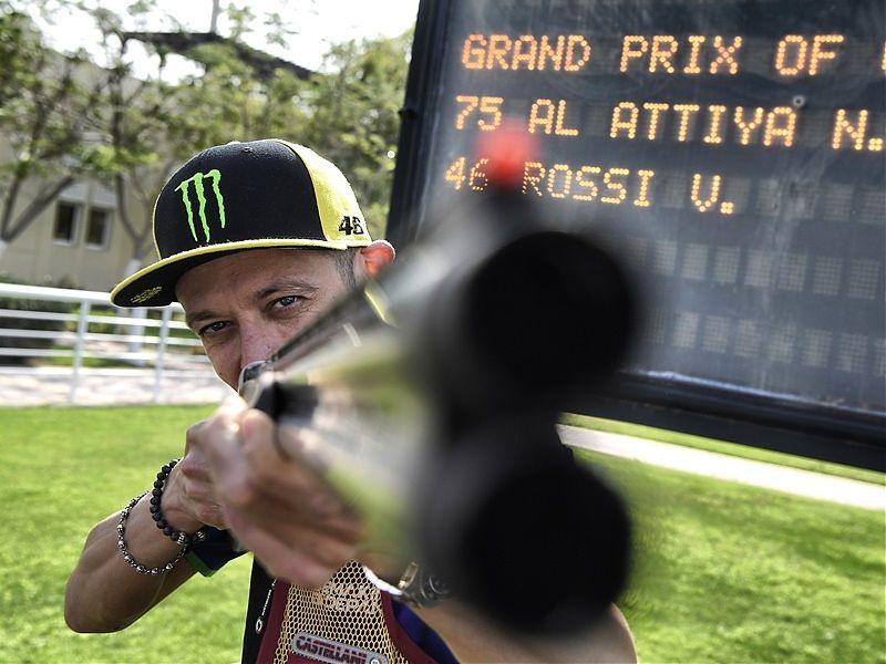 Rossi apunta a su décimo título