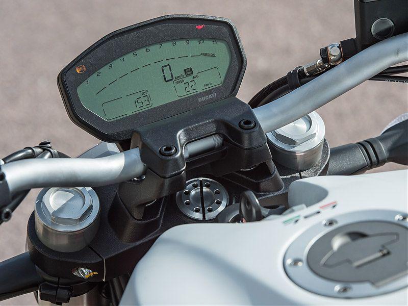 Instrumentación digital LCD para la Ducati Monster 797