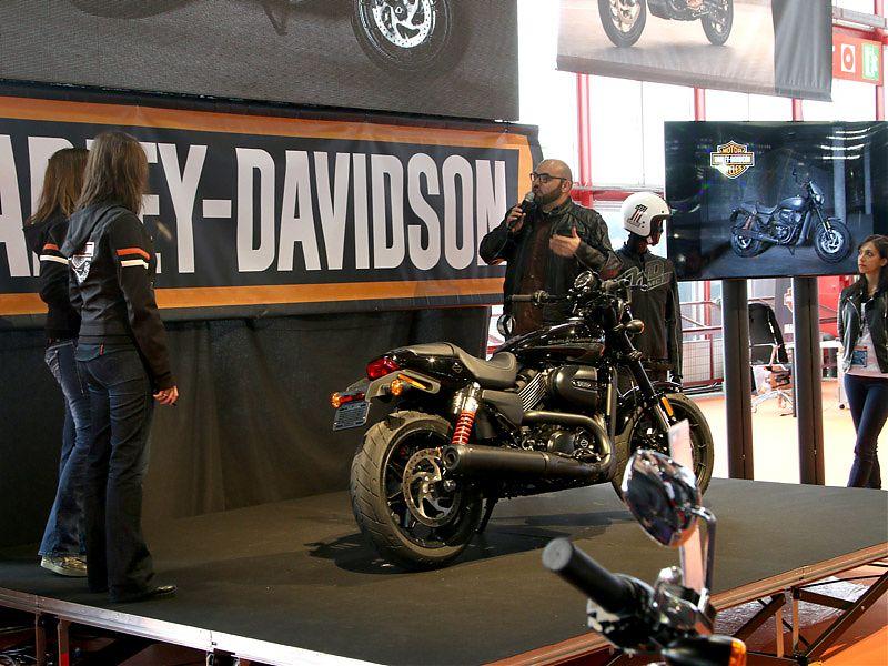 Presentación de la Harley-Davidson Street Rod en MotoMadrid 2017