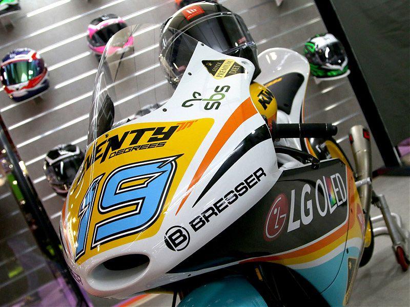 KTM Moto3 patrocinada por la marca de ropa Seventy Degrees