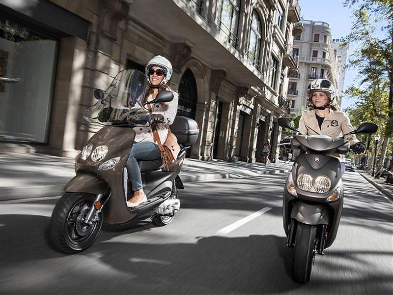 Con la licencia AM podrás conducir ciclomotores de hasta 50 cc
