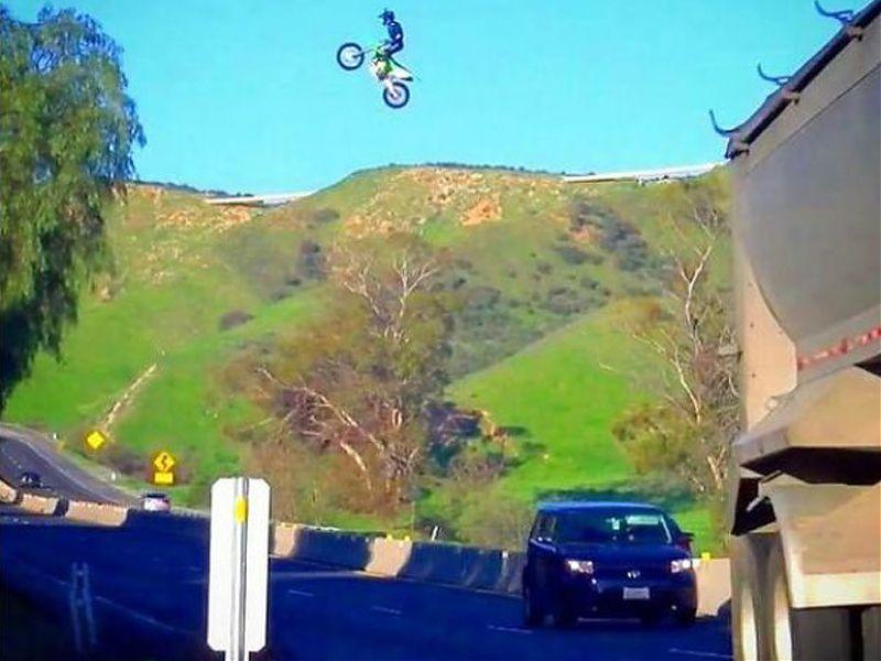 Kyle Katsandris termina en el hospital tras intentar un nuevo salto