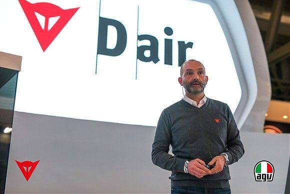 Cristiano Silei, CEO de Dainese Group, en los premios Red Dot Design