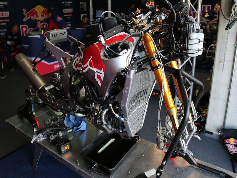 WSBK Red Bull Honda Fire Blade S1000RR SP2