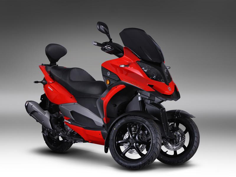 Nueva scooter Quadro 3