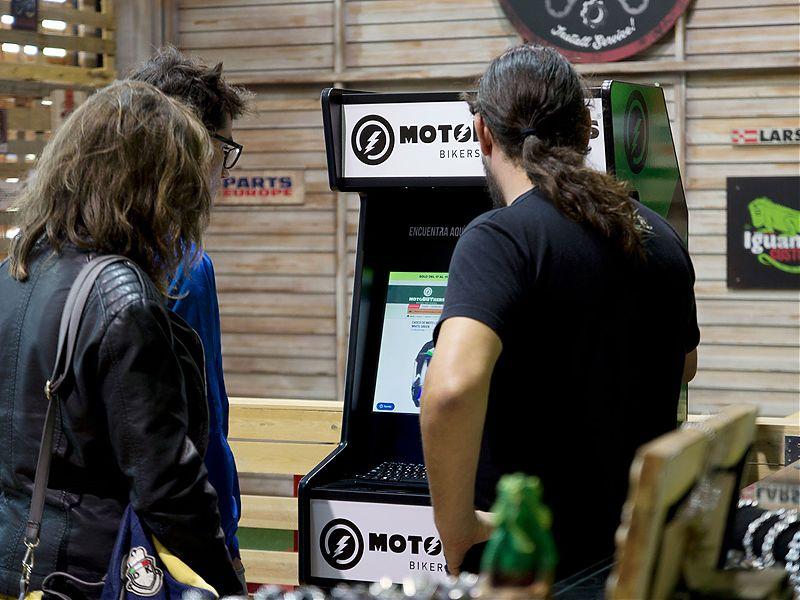Motobuykers abre su primer 'Punto de Servicio' en la tienda Iguana Custom en Alicante