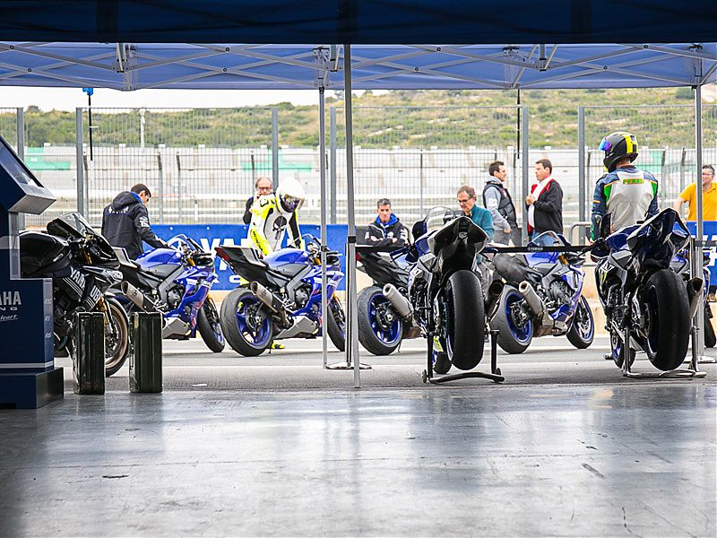 Box oficial Yamaha en el SuperSport Pro Tour 2017