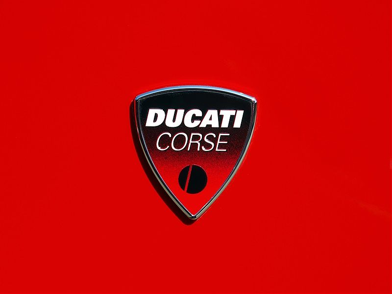 Ya a la venta el Ducati Official Yearbook 2017