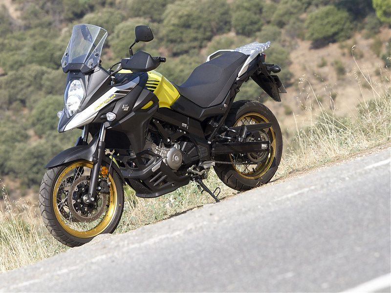 El color amarillo es exclusivo de las versiones Suzuki V-Strom XT