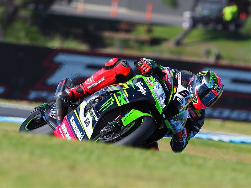 Tom Sykes en acción en los Test Phillip Island SBK 2018