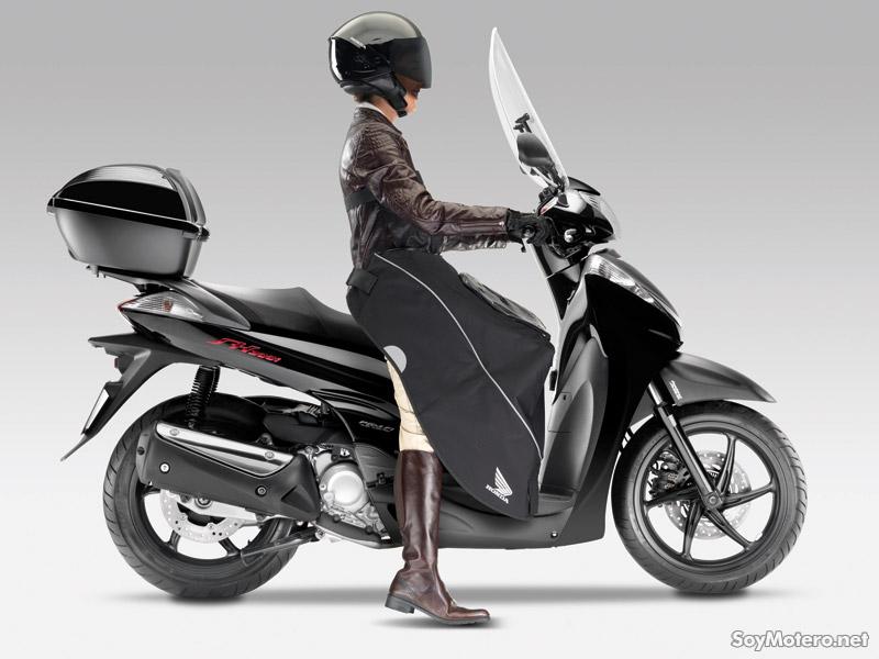 Honda SH Scoopy - accesorios originales Honda, pantalla alta, manta, baúl