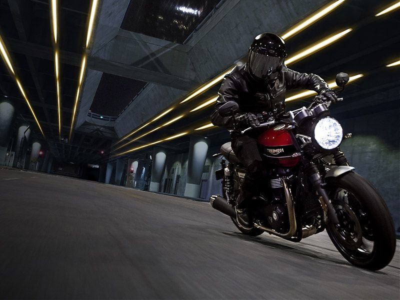 Triumph Speed Twin en acción