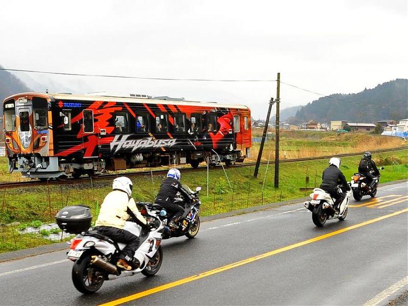 Homenaje a la Suzuki Hayabusa