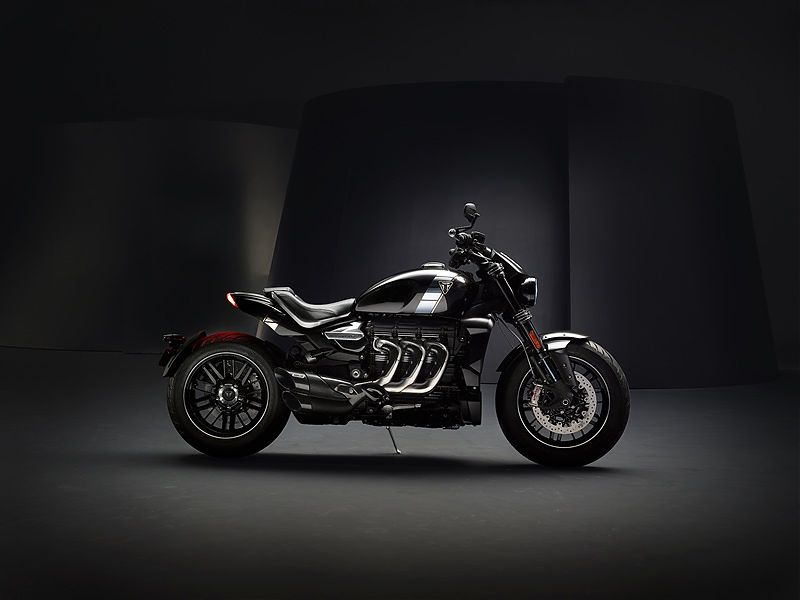 Triumph Rocket 3 TFC - lateral