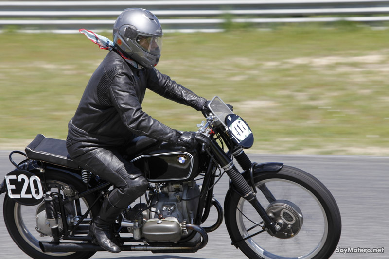Abierto el plazo de inscripción para Classic Moto III ... Antonio Banderas Motorcycles