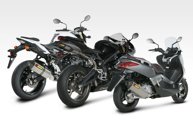 nuevos silenciosos akrapovic para daytona 675 gsr750 y x max motos escapes de moto akrapovic. Black Bedroom Furniture Sets. Home Design Ideas