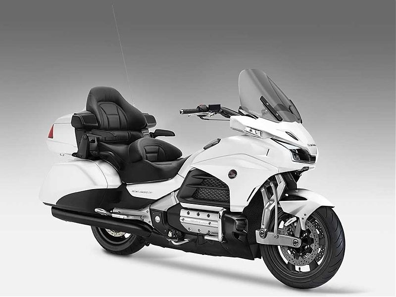 ¿Sorprenderá Honda con una Goldwing radical?