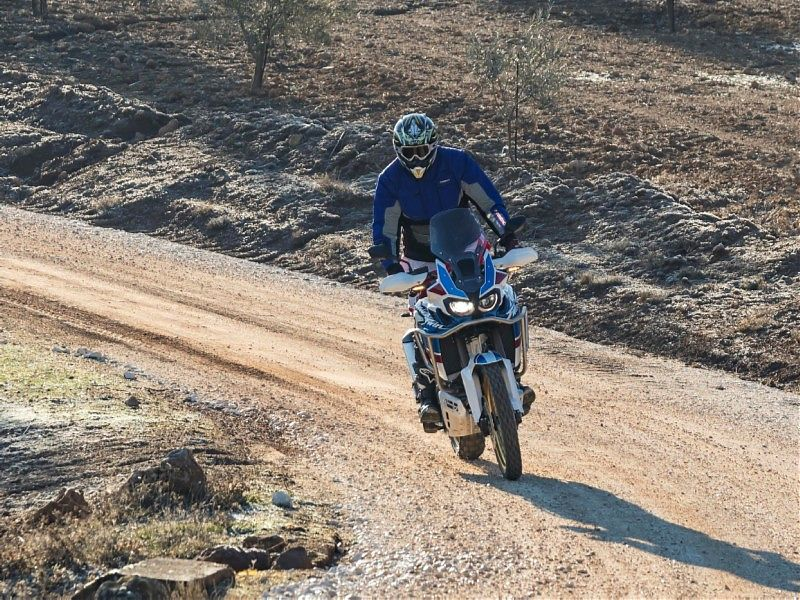 AfricaTwin Adventure Sport off road curva