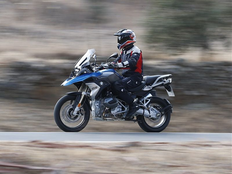 BMW R 1200 GS 2019 - acción onroad