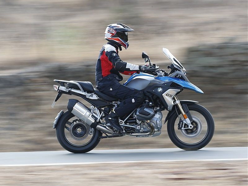 BMW R 1200 GS 2019 - acción onroad 1