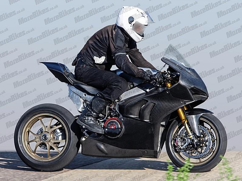 Ducati Panigale V4 R ultimando el desarrollo