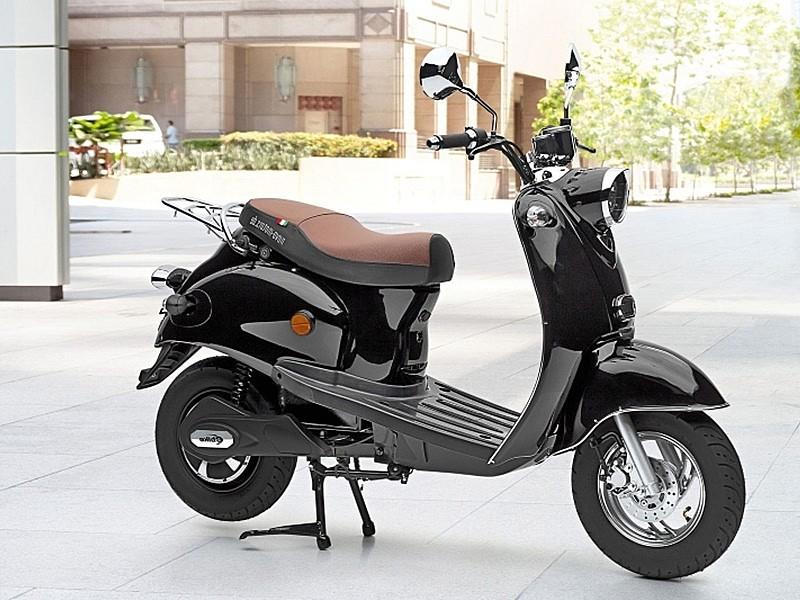 40854c48d09 Los supermercados ALDI venderán un scooter eléctrico por 999 euros ...