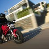 Ducati Monster 696 color rojo