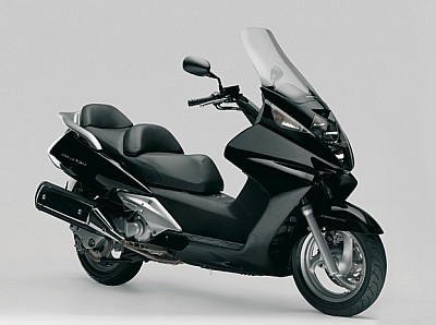 honda silver wing 600 ficha t cnica fotos v deos comentarios y m s. Black Bedroom Furniture Sets. Home Design Ideas