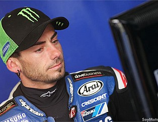 John Hopkins, piloto del British Super Bikes con su equipo Samsung Crescent Racing